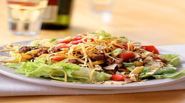 Taco Salad, A Healthy Summer Low Cal Summer Treat